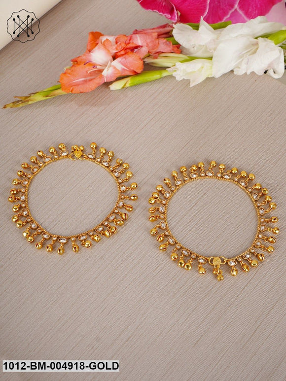Priyaasi Women Set Of 2 Gold-Plated Handcrafted Kundan Studded Anklets