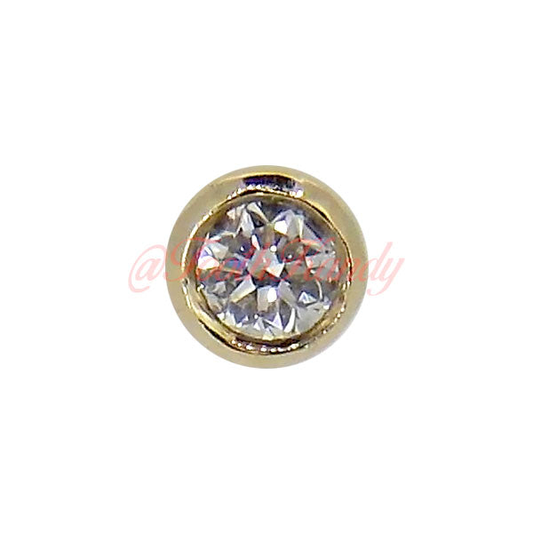 .04ct Diamond in a Gold Bezel