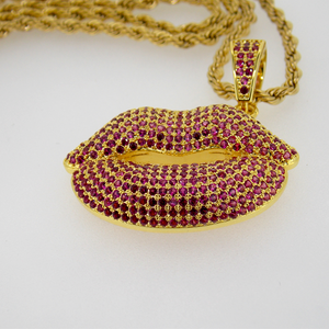 Gold Plated chain with Lips