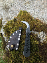 Toad Claw Neck Knife, Harvesting/Mushroom EDC Blade, Green and Black Handle, Brown Sheath