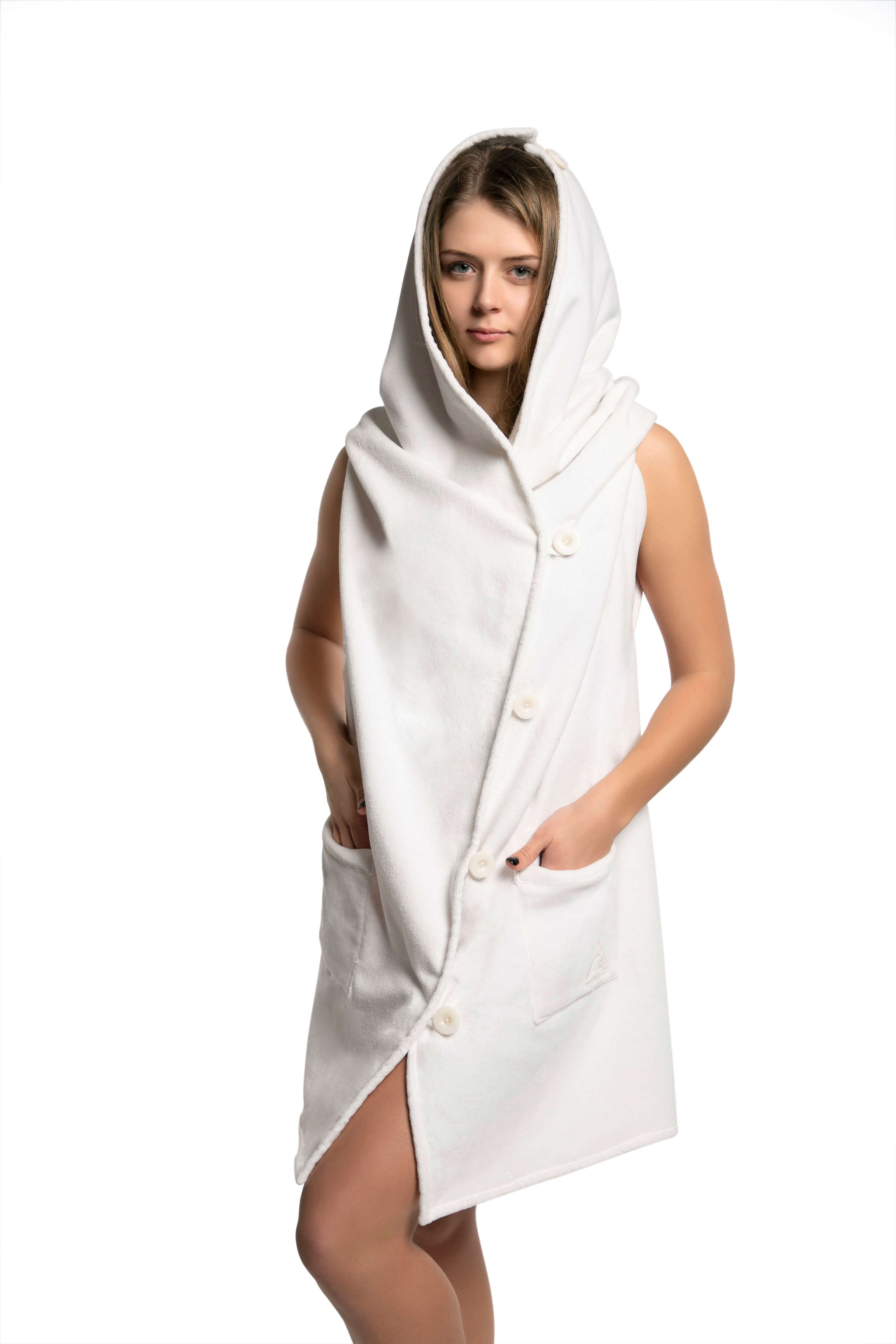 AMBER Wearable Towel - White