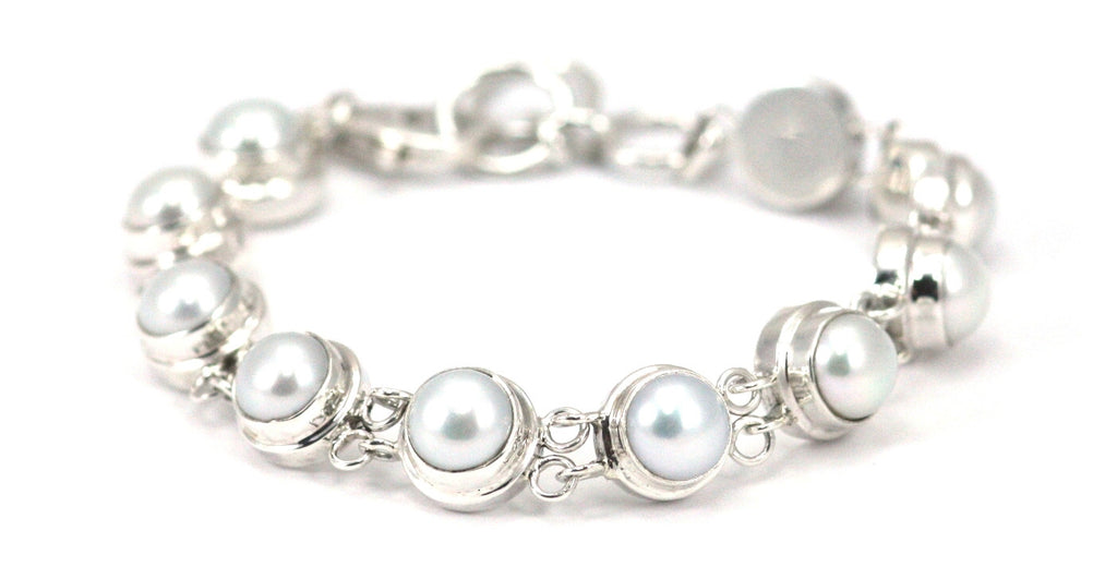 Bali Freshwater Pearl Round Station Bracelet - Kuhn's Jewelers