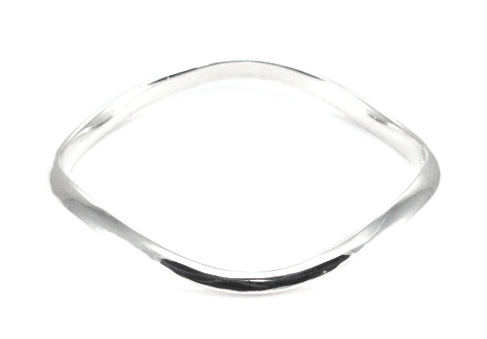Bali Wave Bangle Bracelet - Kuhn's Jewelers