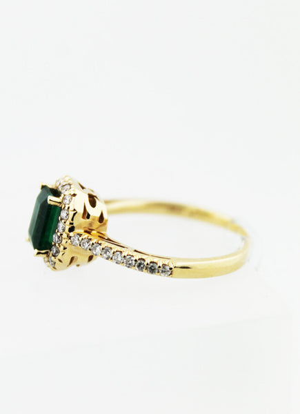 Emerald & Diamond Yellow Gold Ring - Kuhn's Jewelers - 3