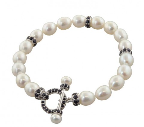 "Sterling Silver 5-8mm White Freshwater Cultured Pearl with Black Sapphire 7.5"" Toggle Bracelet - Kuhn's Jewelers"