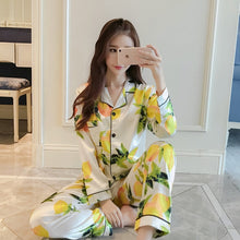 Load image into Gallery viewer, Women's Satin Silk Flower Print Pajamas