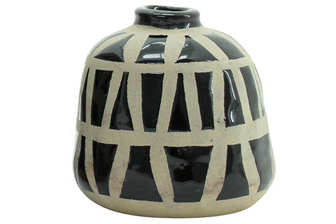 Amira Vase - Black (Small)