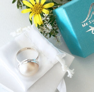 White Mabe Pearl Resort Ring