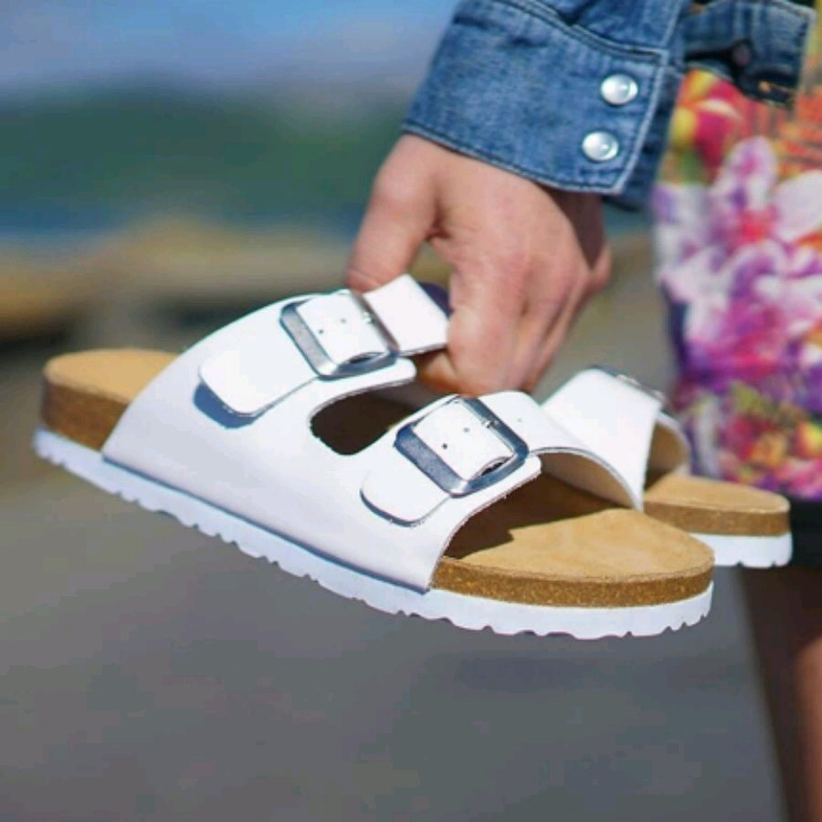 Laken Slides - White