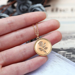 17KM Fashion Rose Flower Charm Pendant Necklaces For Women