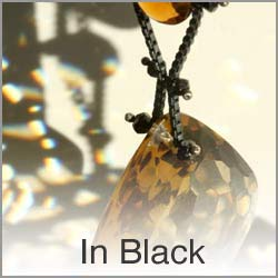 In Black Jewelry Collection