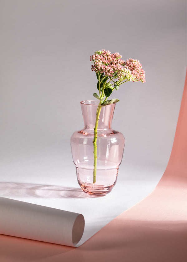 SHADOWS <br> Vase in Suede Pink