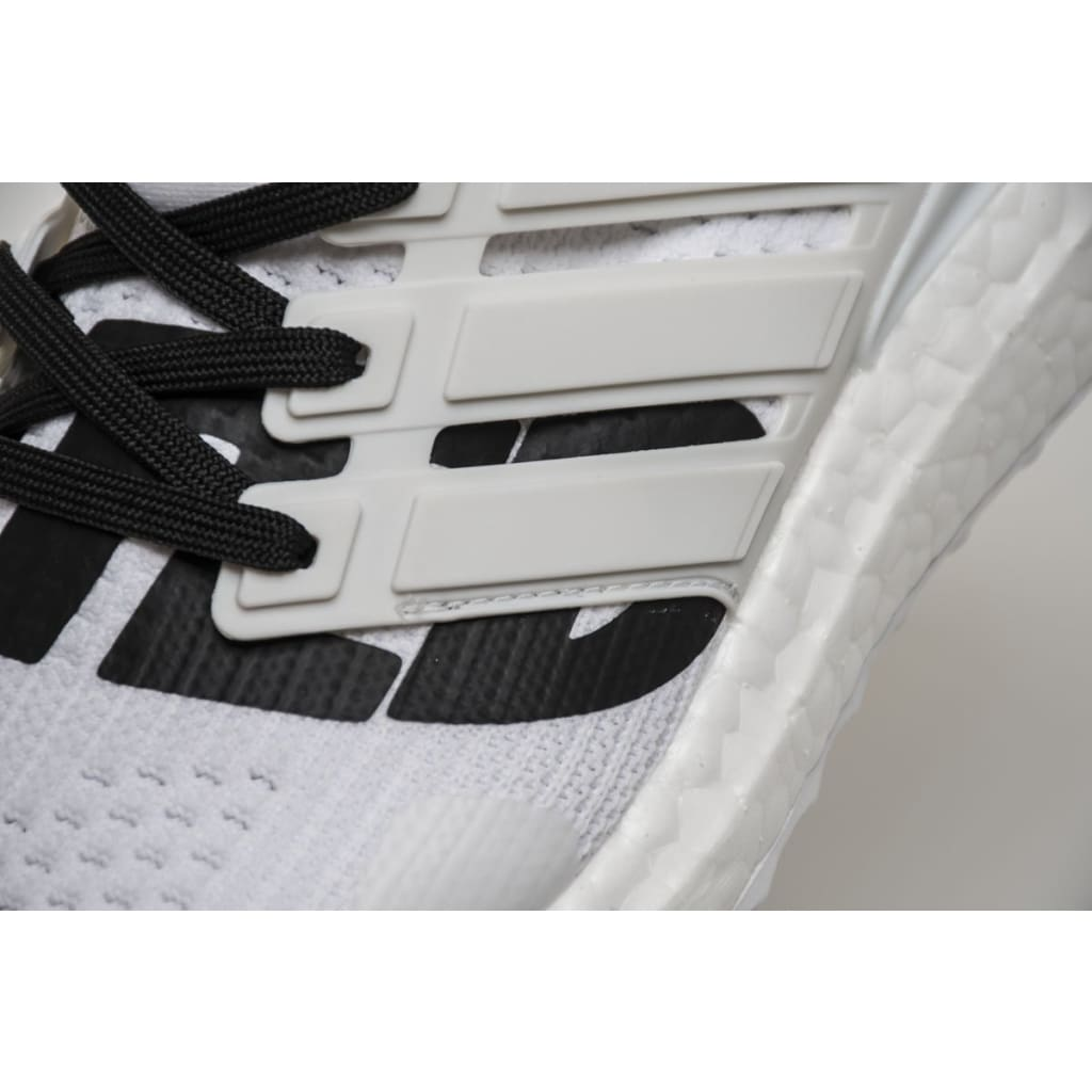 864a8f7b2b894 Undefeated x Adidas Ultra Boost 4.0 White  BB9102 !--