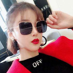 Square frame vintage sunglasses Women Oversized Black UV400 Eyewear