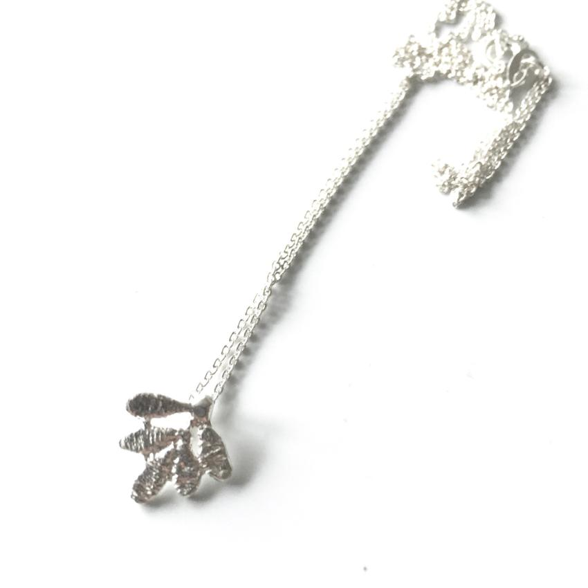 sterling silver cast lace oak leaf pendant