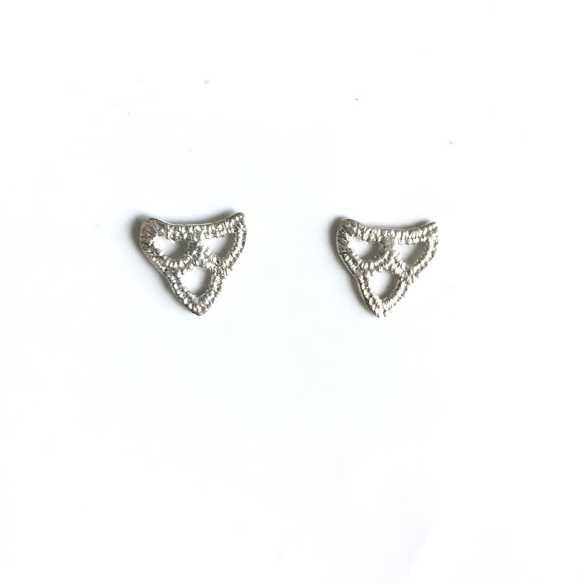 sterling silver cast lace scallop arch stud earrings