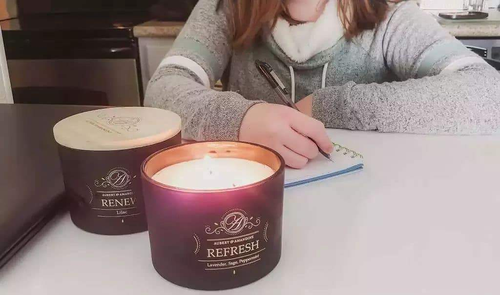 The Difference Between Aromatherapy Candles And Regular Scented Candles