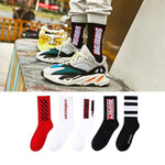 Winter Socks Men Chic Streetwear Long Socks Fashion Icon Sports Soft Cotton Skateboard Crew Socks Brand Printed Socks for Men