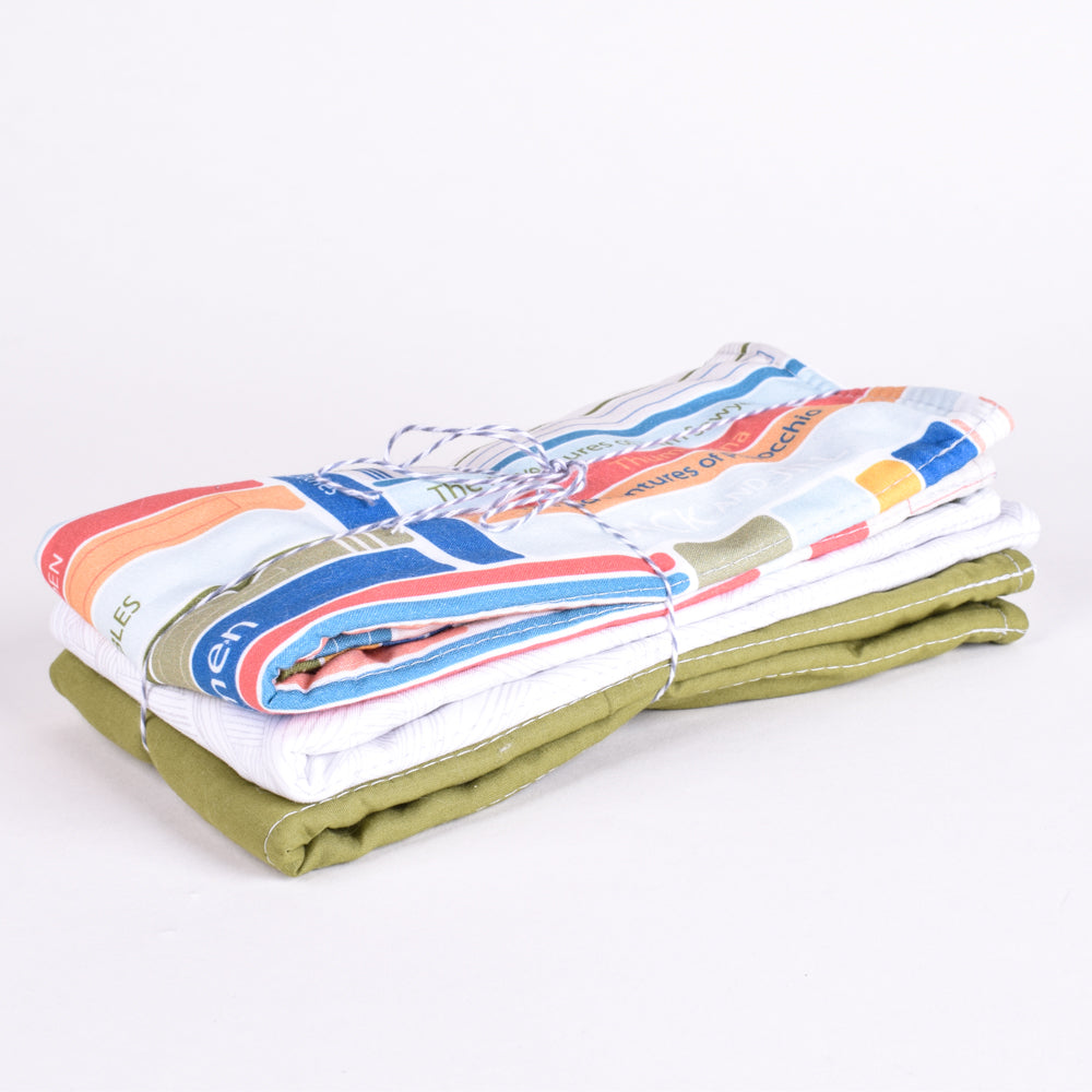 Books Burp Cloth Set