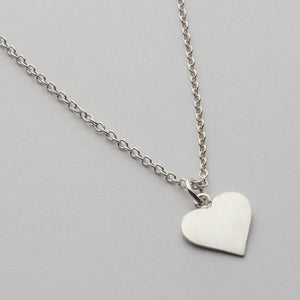 Love Never Fails, Necklace 01