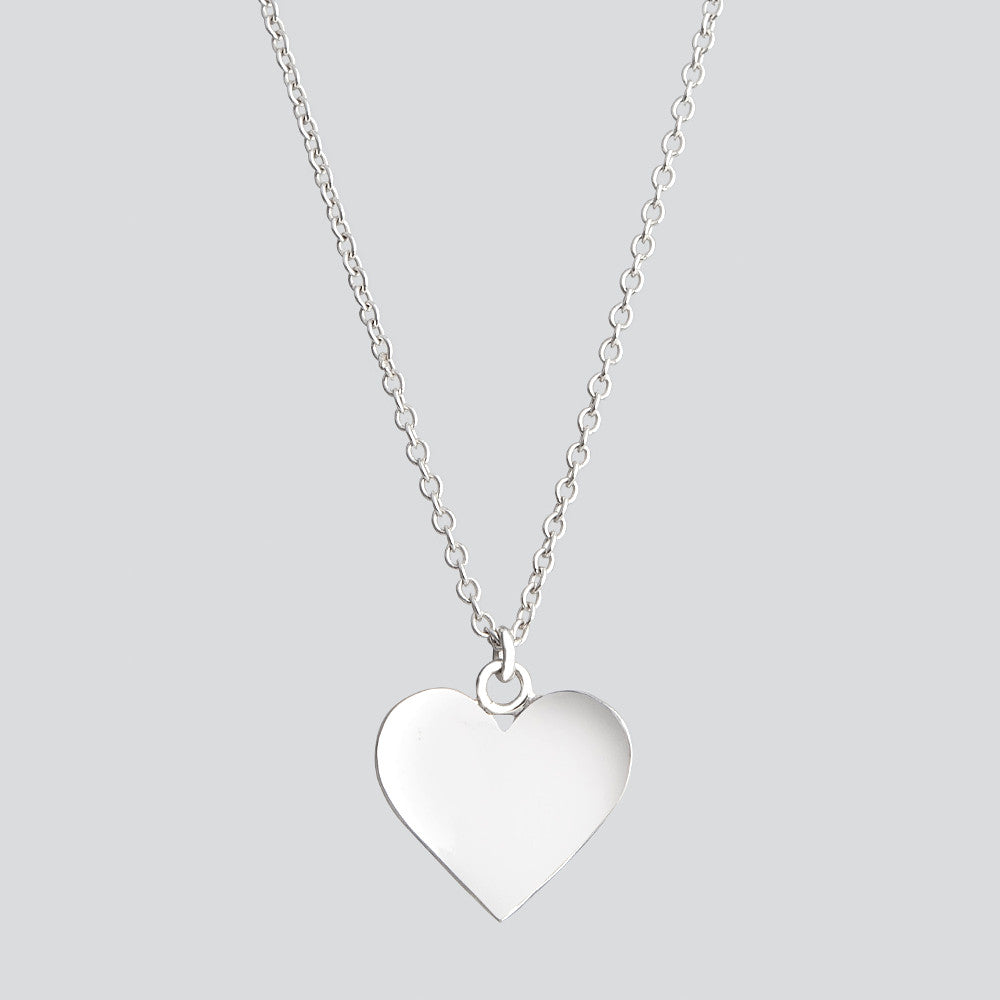 Love Never Fails, Necklace 04