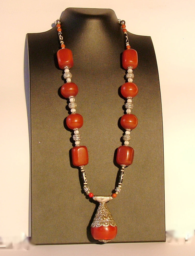 Long chunky amber necklace with pendant