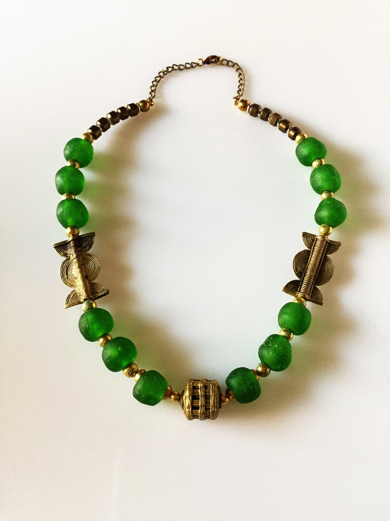 stunning green handmade glass beads necklace