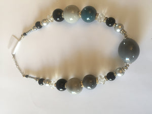 Gray Tulip grey and black with pearls in a gorgeous necklace design