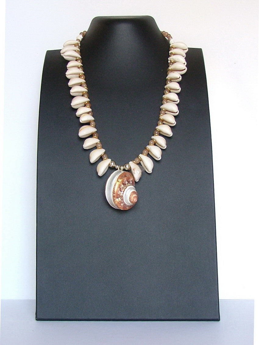 Kyma a Beautiful white shell necklace for summer for women