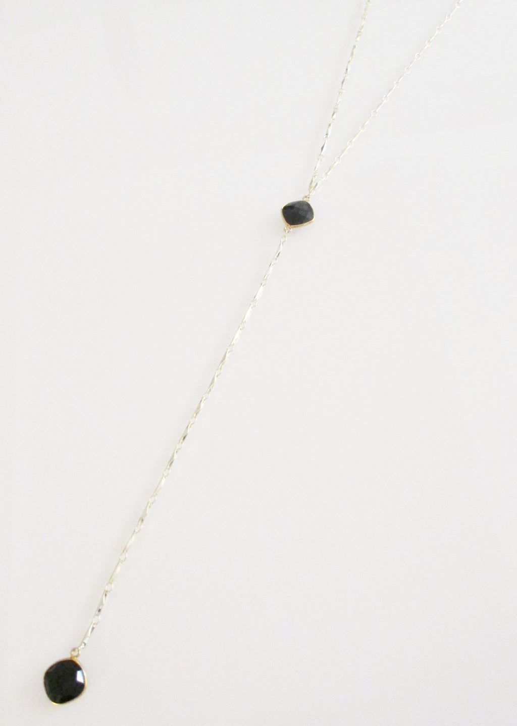 ANYA CELESTE Y NECKLACE BLACK ONYX