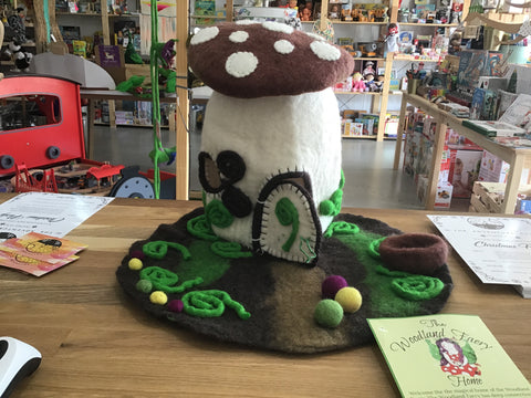 Woodland Toadstool Home