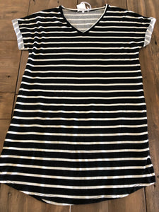 Striped v-neck shift dress