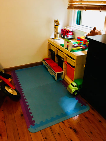 Space to play -tidy play area