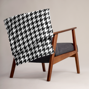 Classic Houndstooth Throw Blanket