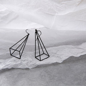 Geometric minimalist earrings