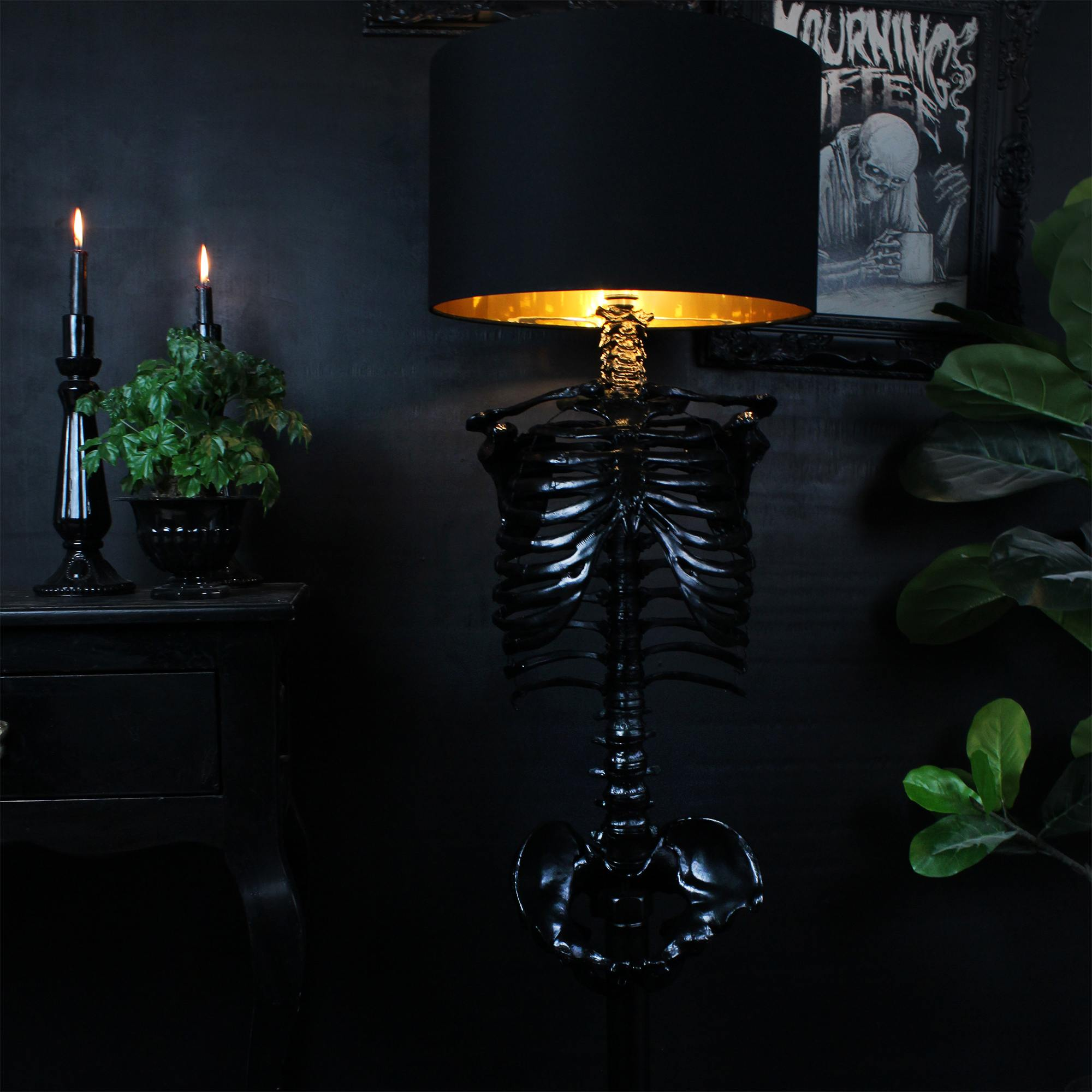 The Skeleton Floor Lamp - The Blackened Teeth