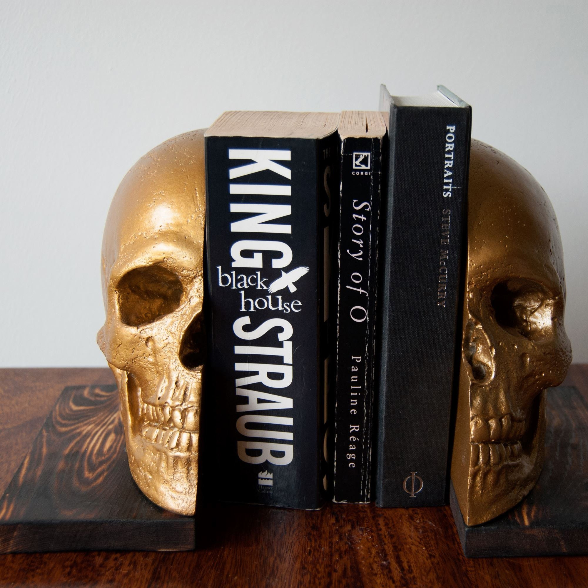 Skull Bookends, The Blackened Teeth