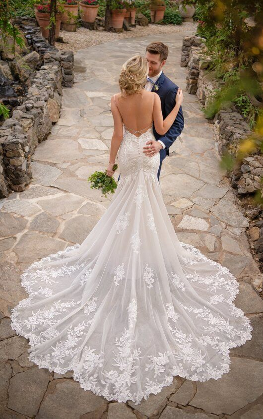 Essense Bridal Gown - Style Bridal Gown - Style D2770