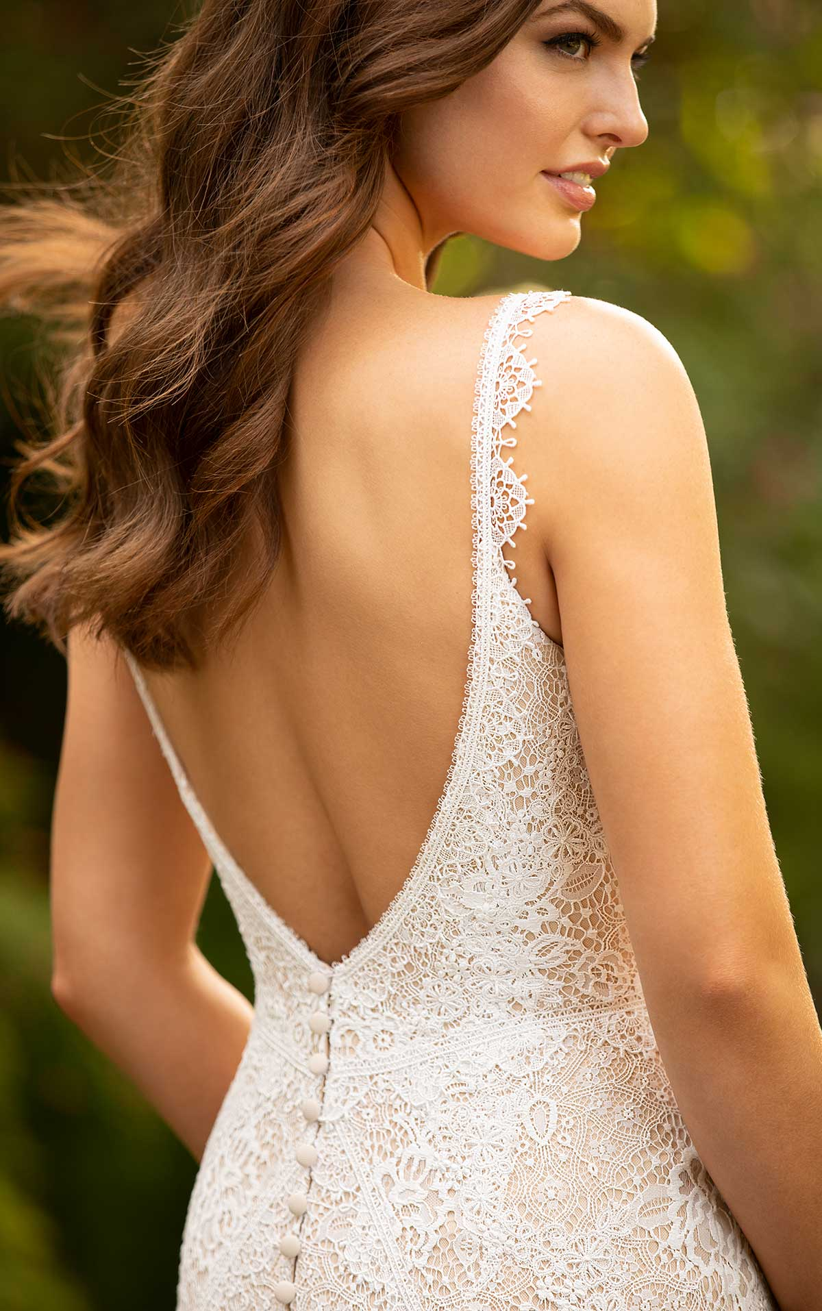 Essense Bridal gown- Style Bridal gown D3197