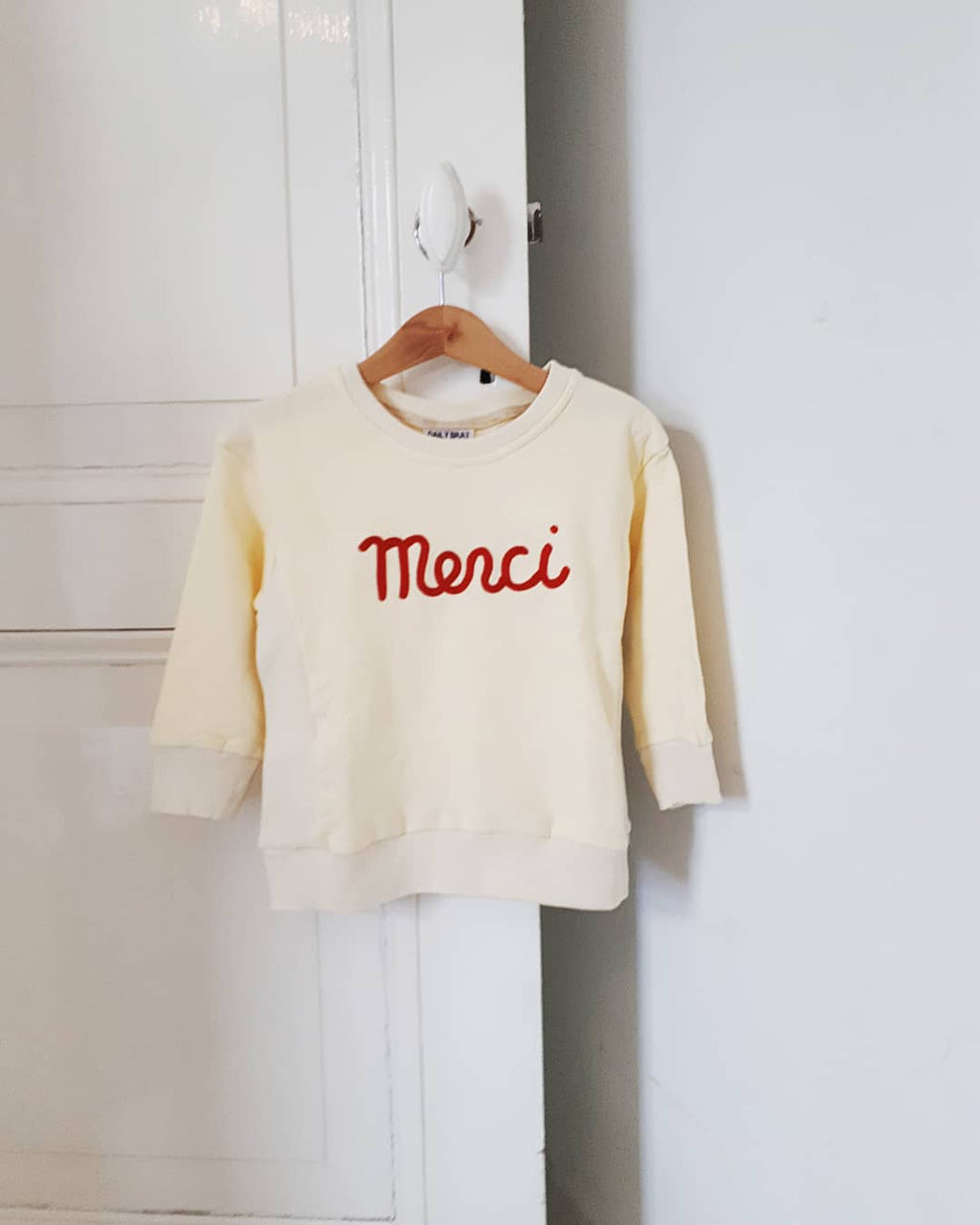 DAILY BRAT MERCI SWEATER IVORY