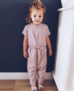 DAILY BRAT GEORGIA JUMPSUIT DUSTY POWDER
