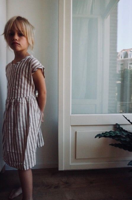 DAILY BRAT LINEN STRIPED DRESS SOFT PINK