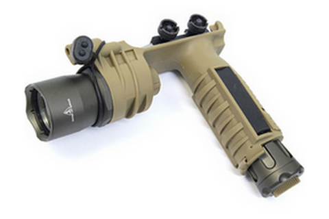 SF M910A Tactical Grip Light DE