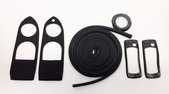 Supplemental Body Rubber Kit - 1970-76 Roadster