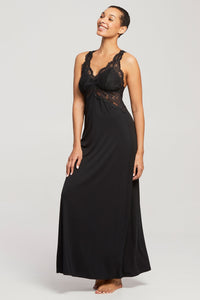 Belle Époque Lace T-Back Gown