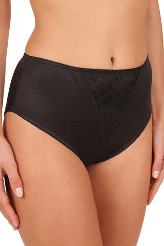 Swiss Broderie Brief