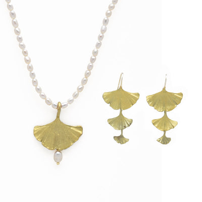 Ginkgo Single Drop Pearl Necklace