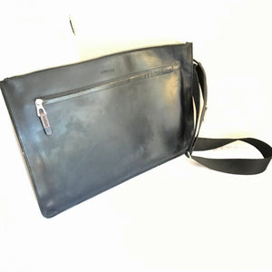 "Rudsak Leather Unisex Messenger Bag - 19"" Bag for Tablet Laptop - Black Business Travel Baggage"