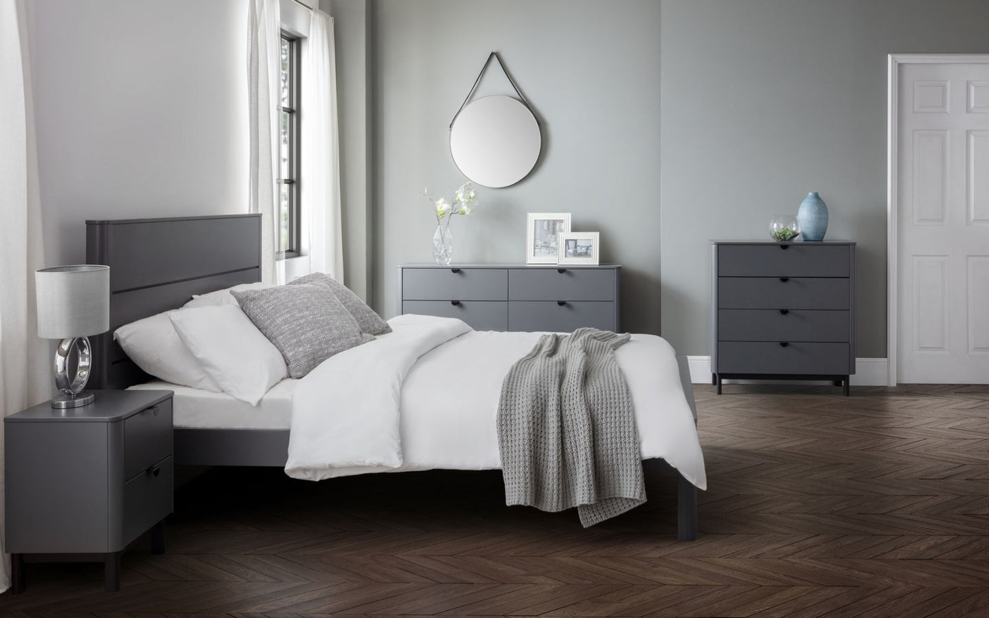 CHLOE BEDROOM COLLECTION