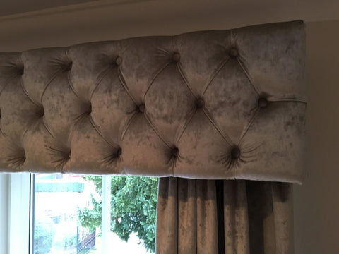 Made to measure pelmets and curtains